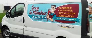 Création-logo-et-marquage-publicité-adhésive-greg-le-plombier-agence-contrastecommunication- sables-d-olonne-vendée